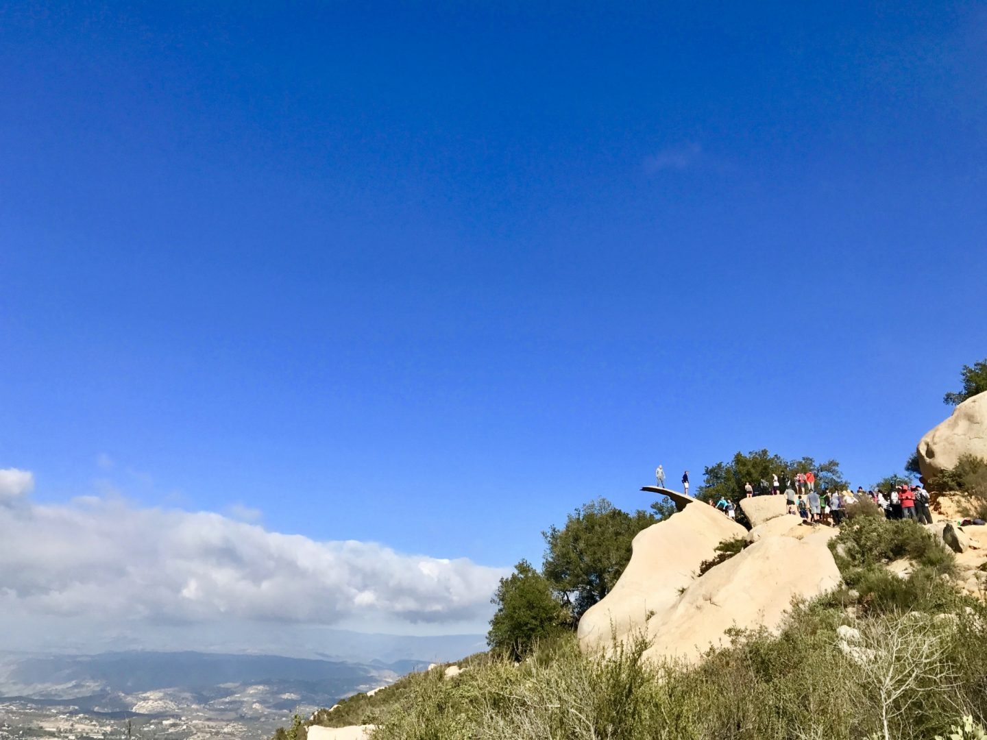 5 Reasons to Hike Potato Chip Rock